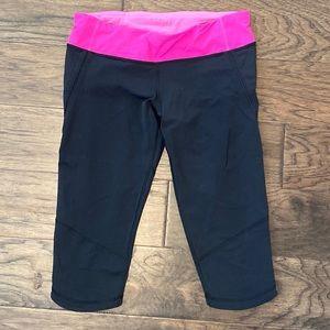 Size 8 Lululemon Black/Paris Pink Run: For It Crop